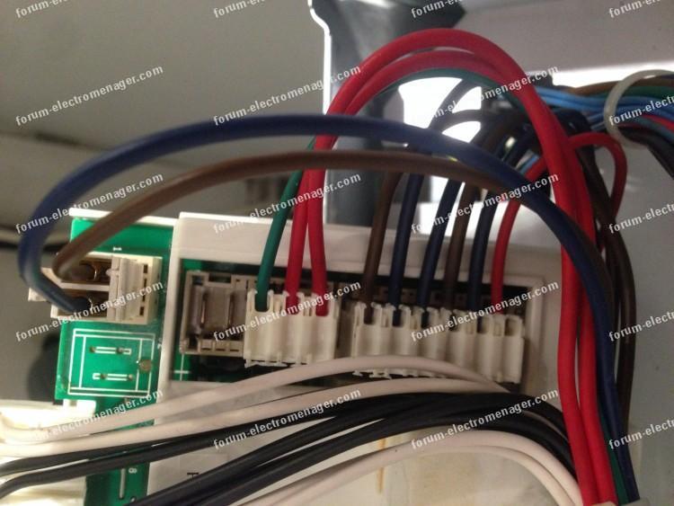 branchements carte Lave-linge Indesit WITL 120