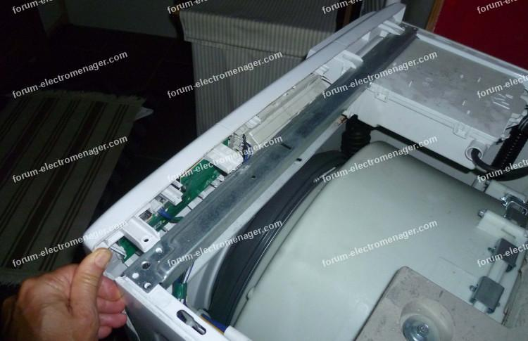 bricovideo code f22 lave linge Whirlpool AWO/D7324