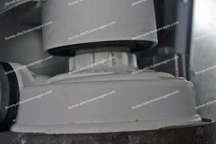 fuite au niveau du joint de pompe de cyclage lave vaisselle