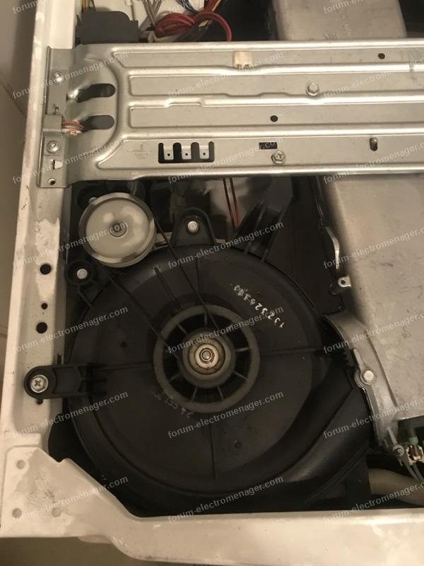 code erreur E10 lavante séchante Electrolux