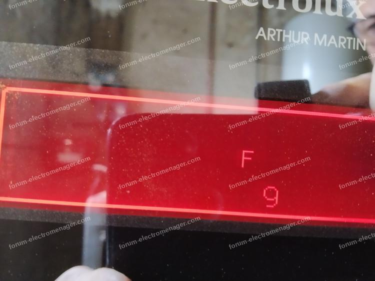 code erreur f9 four Electrolux