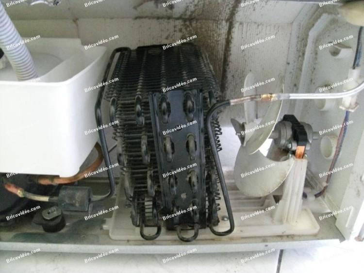 condenseur et son ventilateur congélateur Beko