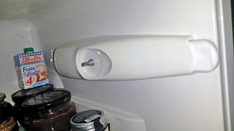 Démonter cache thermostat réfrigérateur Arthur Martin