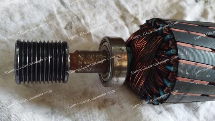 démonter poulie moteur lave-linge