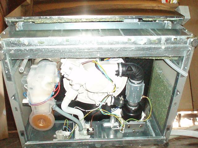 question d 233 pannage 201 lectrom 233 nager lave vaisselle whirlpool adp 4821 ix erreur clignote 8 fois