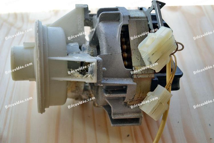 Ancienne pompe de cyclage lave-vaisselle AEG favorit
