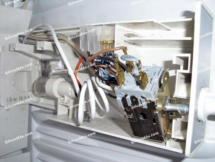 conseils d pannage panne thermostat frigo vedette ne fait plus de froid apr s l 39 avoir lav. Black Bedroom Furniture Sets. Home Design Ideas