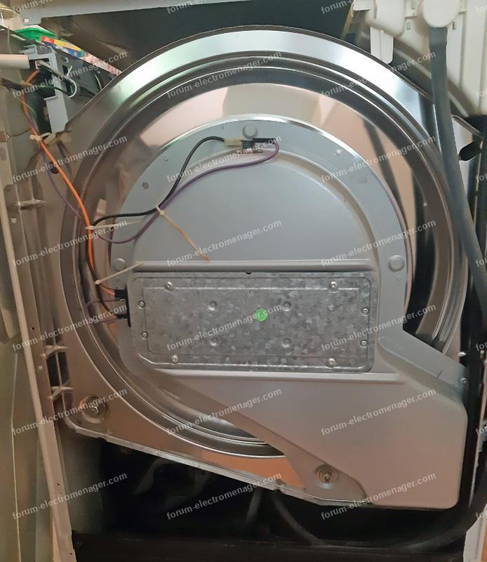 remplacer courroie sèche linge Whirlpool AWZ 565